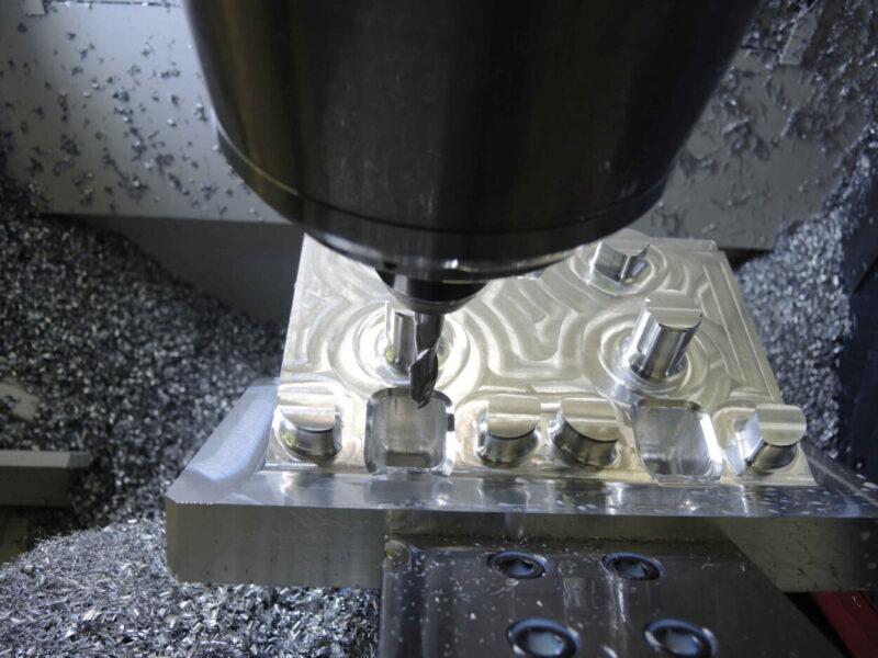 CNC Aluminiumblock fräsen