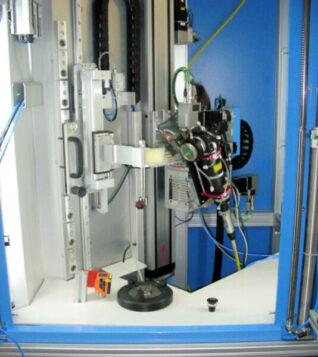 Laserschweißanlage Greifer- und Spannsystem Ultraschallreinigung Handlingsystem