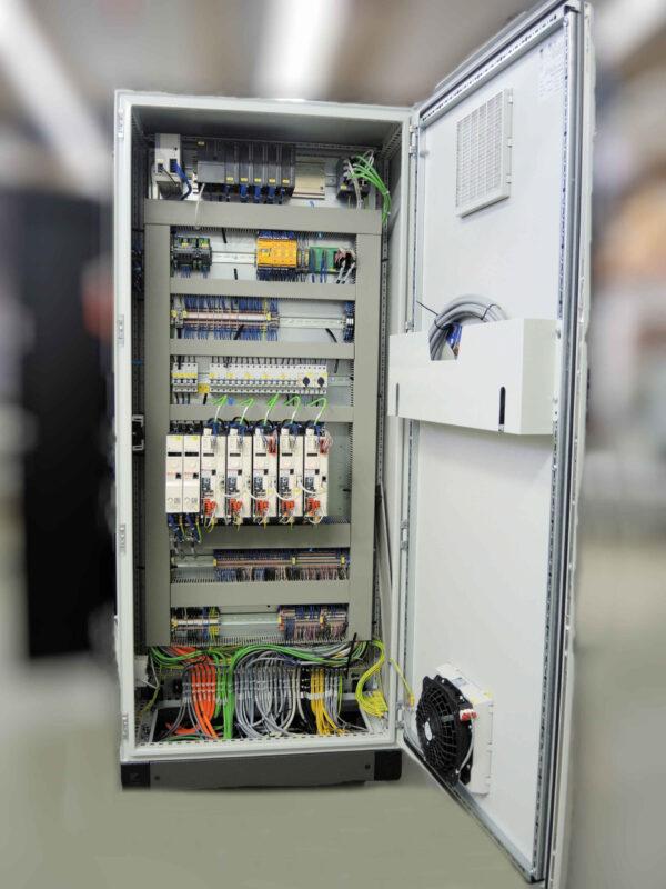 Schaltschrankfertigung Schaltschrankbau Elektromontage Kabelkonfektion